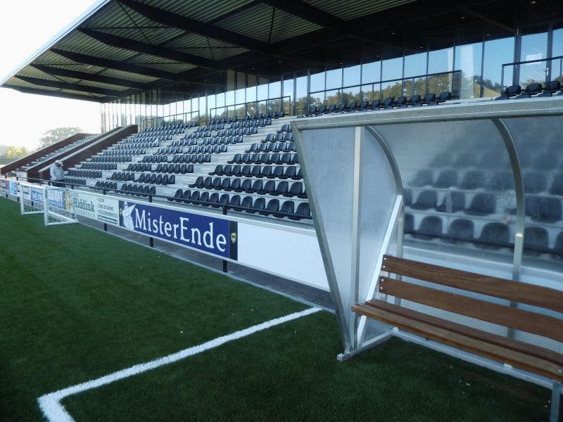 Afbeelding: 2013-10-10 Dug outs 002